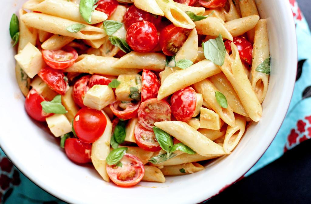 tomato basil garlic pasta